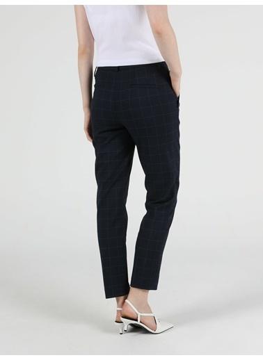 Colin's Slim Fit Orta Bel Düz Paça Kadın Lacivert Pantolon Lacivert